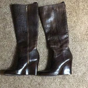 Tory Burch Dabney brown  pebbled leather boots.